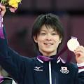 世界体操で内村航平が床金メダル